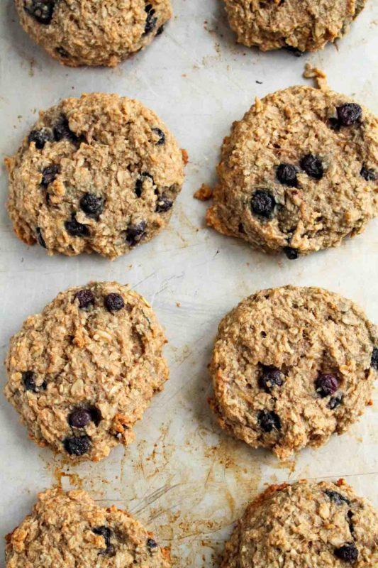 Banana Oatmeal Breakfast Cookies | katiebirdbakes.com