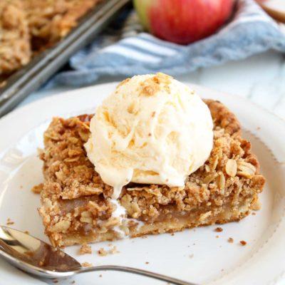 Apple Crumble Slab Pie