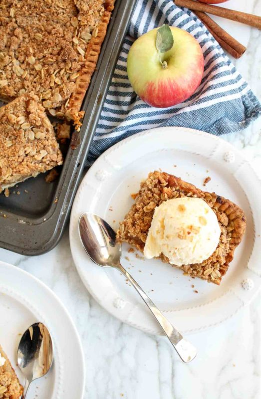 Apple Crumble Slab Pie | katiebirdbakes.com