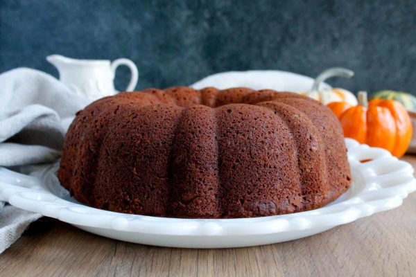 Spiced Pumpkin Bundt Cake | katiebirdbakes.com