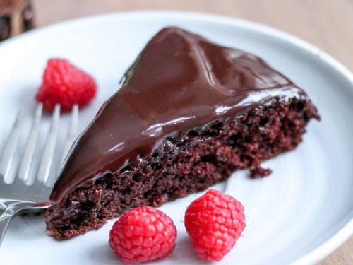 Single Layer Chocolate Cake With Ganache