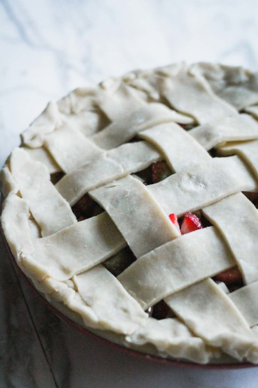 Strawberry Rhubarb Pie | katiebirdbakes