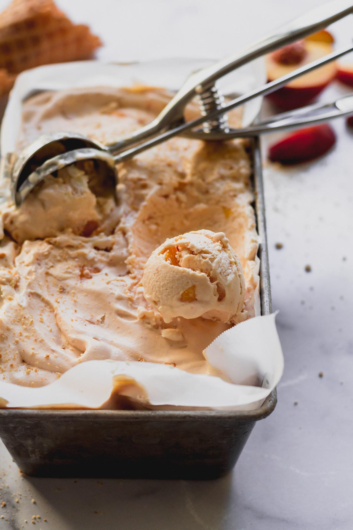 No-Churn Peach Ice Cream | katiebirdbakes