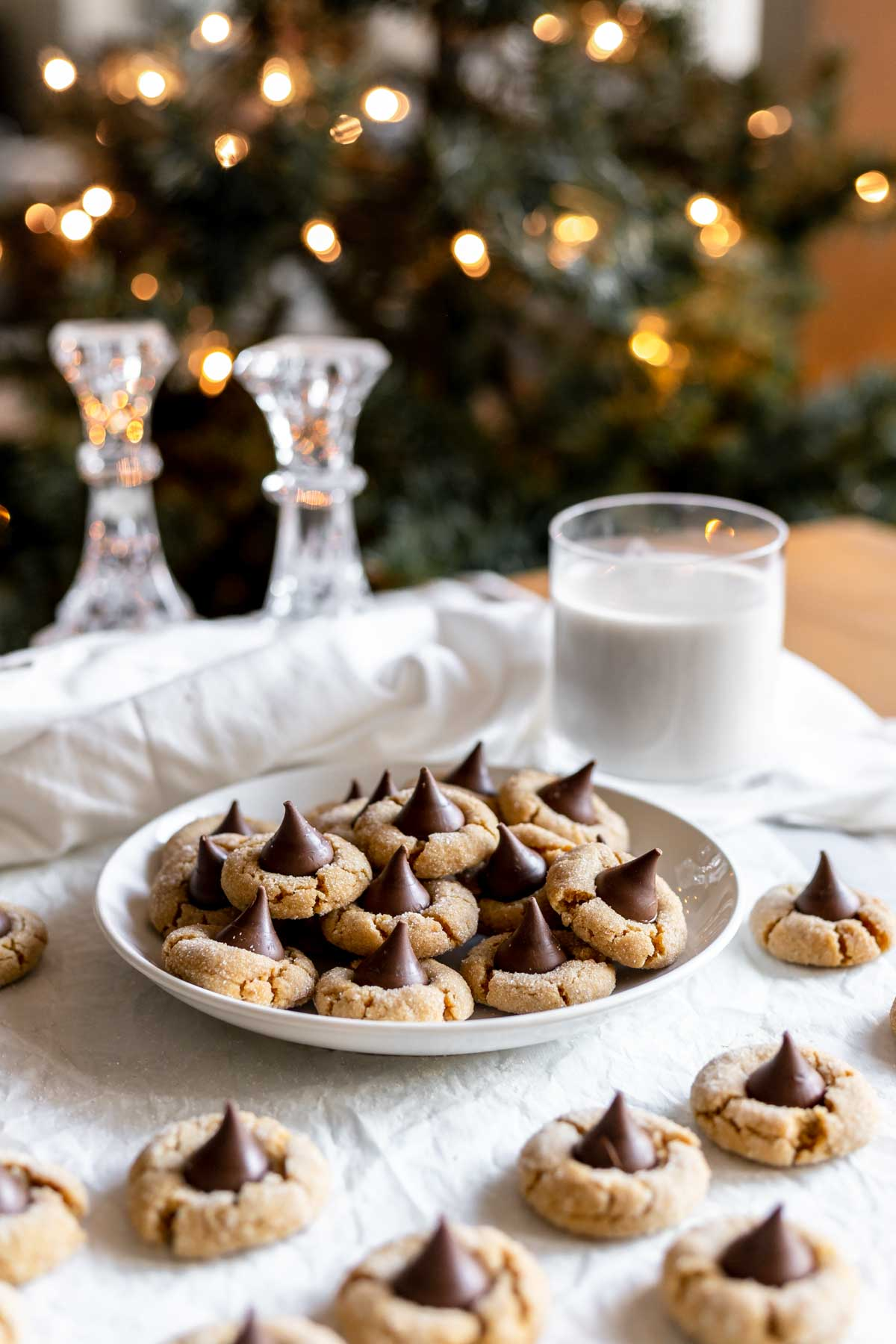 Easy peanut butter blossoms for Christmas cookies