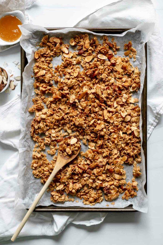 Finished baked granola